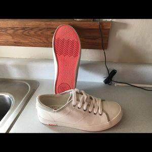 Roxy white women's canvas shoe shodd
